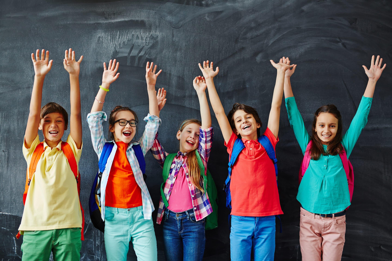 Enfants/ados contents d'aller à l'école